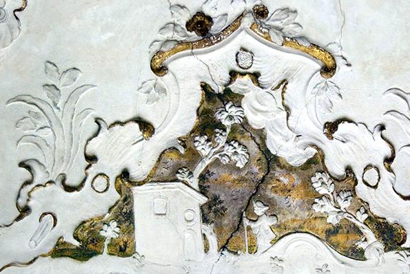 Palazzo Isnello, estuco